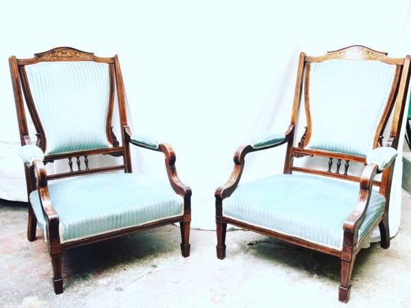 Paire de fauteuils de conversation XIXe