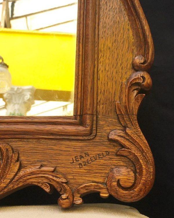 Miroir liégeois estampillé