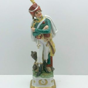 Officier napoléonien porcelaine polychrome