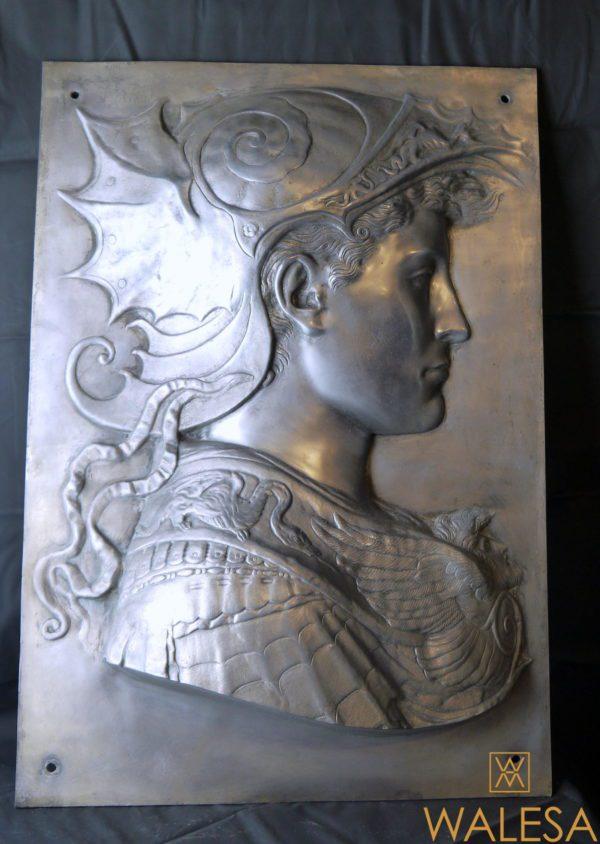 Paire de panneaux figurant Minerve et un profil à l'antique