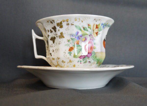 Tasse à chocolat porcelaine de Paris XIXème