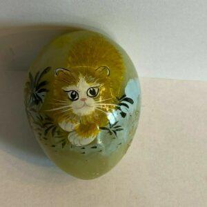 Oeuf en pierre motif chat